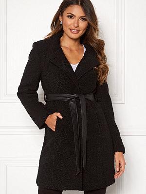 Happy Holly Tuva wool coat Black