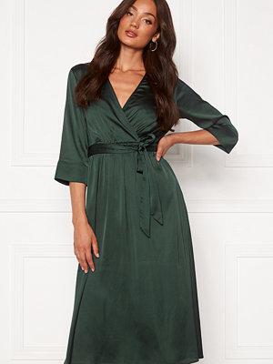 Object Alina 3/4 Dress Scarab