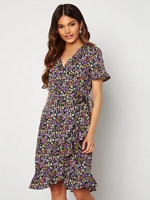 Only Olivia S/S Wrap Dress Black / Shore Flower