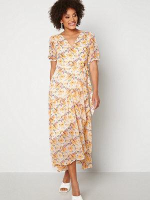 Y.a.s Nilima 2/4 Wrap Ankle Dress Eggnog Floral AOP