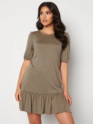 Jacqueline de Yong Urban Gabriella S/S Dress Toasted Coconut/Mela