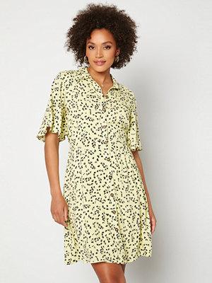 Selected Femme Uma 2/4 Short Shirt Dress Young Wheat / AOP