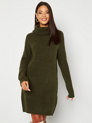 Object Collectors Item Nonsia rib L/S rollneck dress Forest Night