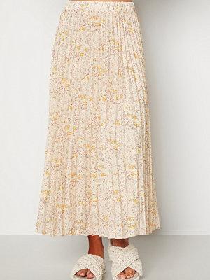 Kjolar - Sisters Point Nitro Skirt 116 Cream/Flower