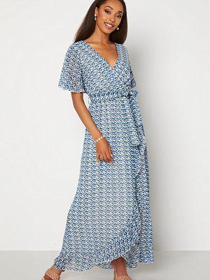 Sisters Point Gush Dress 116 Cream/Blue