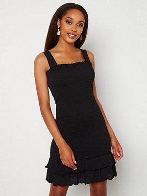 Pieces Taylin Smock Dress Black