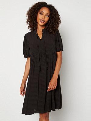 Sisters Point Eca Dress 000 Black
