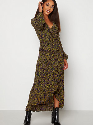 Jacqueline de Yong Jules L/S Wrap Ankle Dress Black AOP Dots