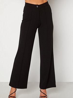 Bubbleroom svarta byxor Hilma soft suit trousers Black