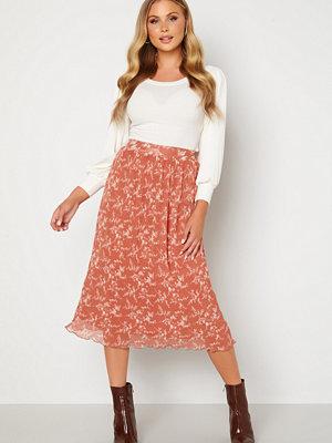 Bubbleroom Zarie pleated skirt Dusty pink / Floral