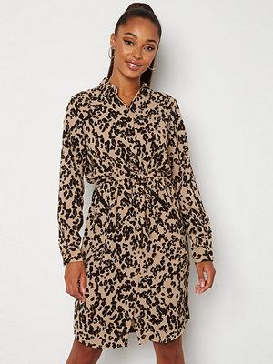 Vero Moda Saga Collar Shirt Dress Nomad AOP Fenya