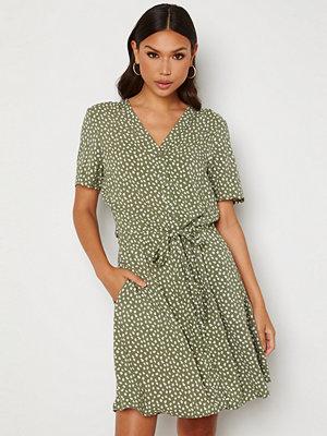 Object Collectors Item Celeste SS Short Dress Deep Lichen Green AO