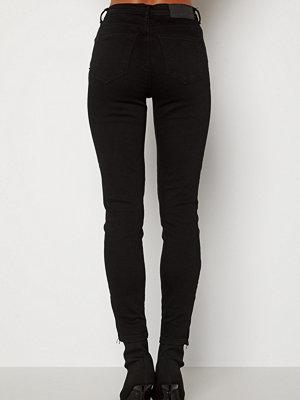 Noisy May Kimmy Ankel Dart Jeans Black