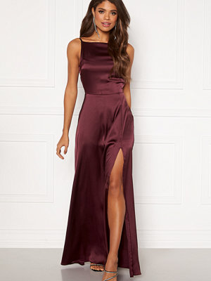 Bubbleroom Occasion Laylani Satin Gown Wine-red