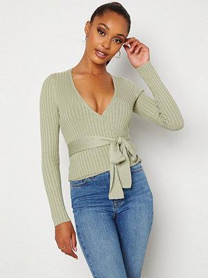 Bubbleroom Enea knitted wrap top Dusty green