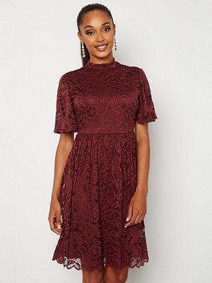 Happy Holly Li lace dress Wine-red