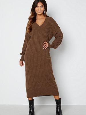 Only New Tessa L/S Midi V-Neck Dress Chestnut Detal: Mela