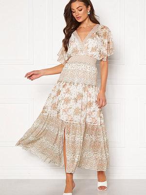 Forever New Darla Tiered Maxi Dress Jacobean Blossom