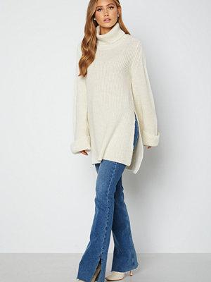 Lojsan Wallin x BUBBLEROOM Turtle neck knitted sweater Cream