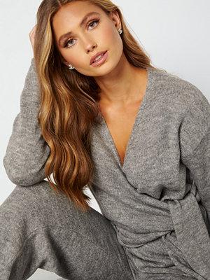 Lojsan Wallin x BUBBLEROOM Knitted knot cardigan Grey