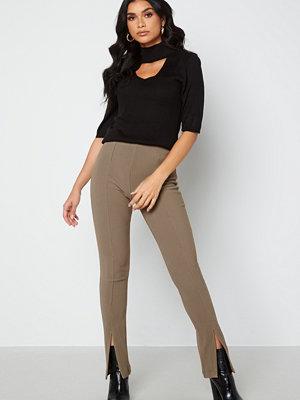 Only Leonie HW Front Slit Rib Legging Walnut