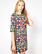 Max C London Max C Printed Shift Dress