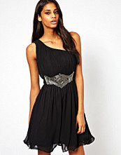 Klänningar - Little Mistress One Shoulder Prom Dress with Embellishment