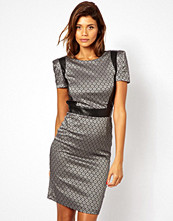 Paper Dolls Pencil Dress in Jacquard with PU