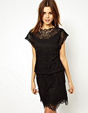 Klänningar - Y.a.s Soup Dress in Layered Lace