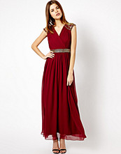 Klänningar - A|wear Maxi Dress With Shoulder Embellishment