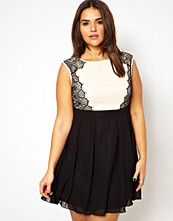 Klänningar - Little Mistress Lace Side Skater Dress