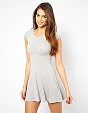 Klänningar - Club L Jersey Skater Dress with Cap sleeve