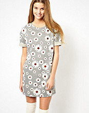 Klänningar - ASOS Sweat Dress With Daisy Print