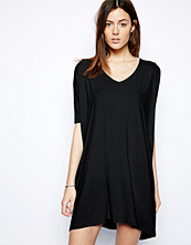 Klänningar - ASOS T-Shirt Dress With V Neck