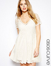Klänningar - ASOS CURVE Lace Skater Dress With Pleat Detail