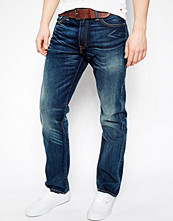 Jeans - Levi's Jeans 504 Straight Fit Station Master