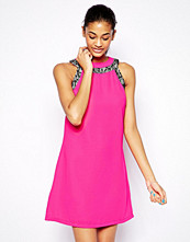 Paper Dolls Shift Dress With Contrast Lace Trim