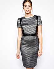 Paper Dolls Pencil Dress in Jacquard
