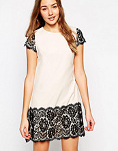 Paper Dolls Shift Dress with Lace Border and Sleeve Detail
