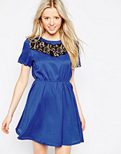 Girls on Film Drop Hem Dress With Lace Trim