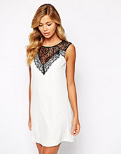 Paper Dolls Paperdolls Shift Dress with Deep Lace Insert
