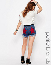 Shorts & kortbyxor - Boohoo Petite Star Print Denim Shorts
