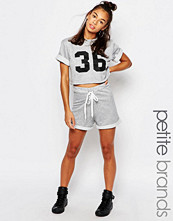 Shorts & kortbyxor - Boohoo Petite Sweat jersey SHort
