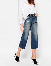 Byxor - Sisley Cropped Denim Trousers with Distress Detail
