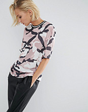 T-shirts - ASOS T-Shirt in Longline Fit with Stripe Tipping In Camo Print Mesh