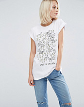 T-shirts - ASOS T-Shirt With Spot The Unicorn Print
