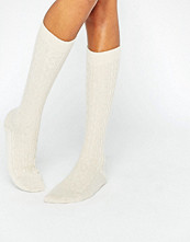 Strumpor - Johnstons of Elgin Cream Cashmere Long Cable Sock