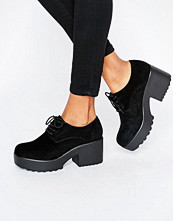 Pumps & klackskor - Pull&bear Lace Up Heeled Brogue Shoe