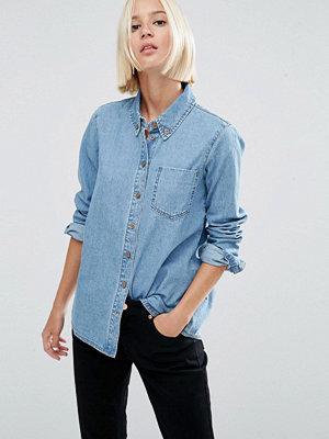 ASOS DESIGN Jeansskjorta i ljus cali-tvätt Ljusblå Cali-tvätt