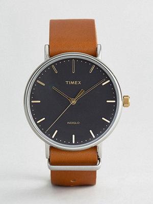 Timex Weekender Fairfield 41mm Leather Watch In Brown